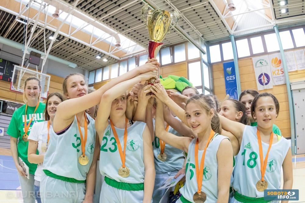 Mlajše pionirke osvojile državno prvenstvo